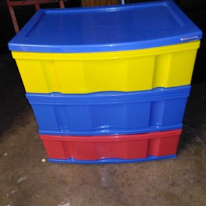 Large primary color 3 drawer plastic storage $15 24 inches tall x 24 x 16 for Sale in Missouri City, TX