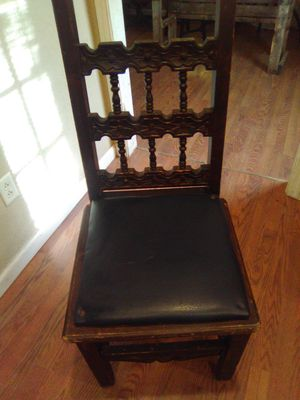 Antique chair for Sale in Abilene, TX