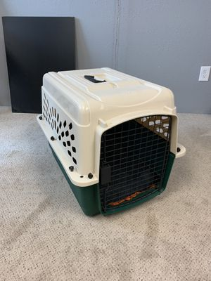 Dog crate for Sale in Alta Loma, CA