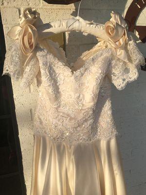 Vintage Wedding Dress Handsewn for Sale in Crandall, TX