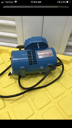 Paasche D500 AIR COMPRESSOR OIL-LESS DIAPHRAGM 115 VOLT for Sale in Irvine, CA