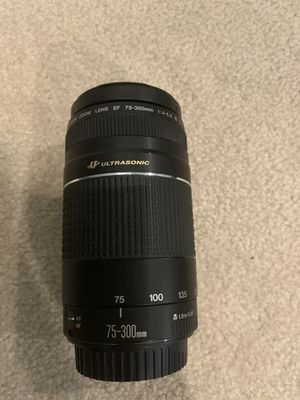 75-300 mm canon lenses great condition hardly used for Sale in Cherry Hill, NJ