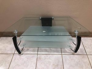 Tv Stand table for Sale in Pomona, CA