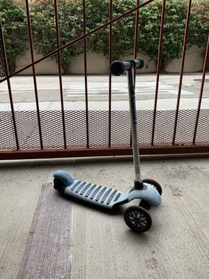 Scooter: Glider Deluxe for Sale in Los Angeles, CA