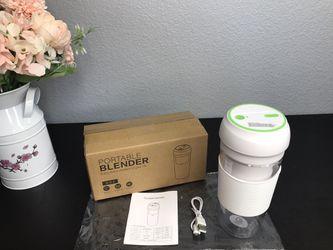 Portable Blender Juicer (12oz) for Sale in Allen,  TX