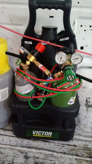 Oxyacetylene torch kit for sale with spark arrestors for Sale in Fontana, CA