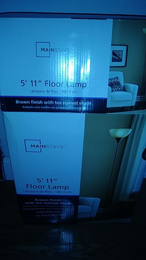 5 by 11 floor lamp for Sale in Austin, TX