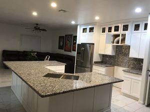 Marmol and granite frabrication and istalation call my {contact info removed} good price for Sale in Phoenix, AZ