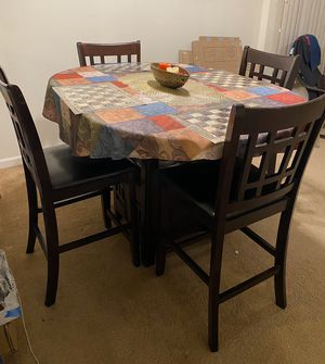 Counter Height Dining Table with 4 chairs! for Sale in Milpitas, CA