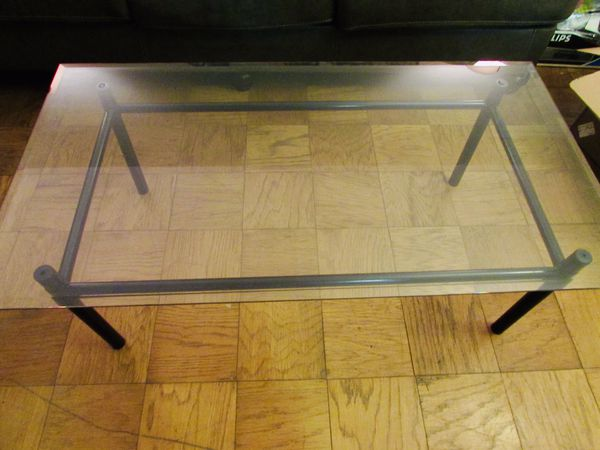 Center table with glass top great condition