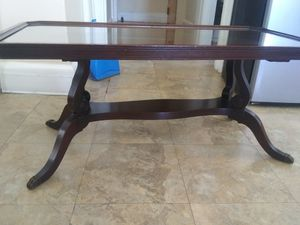 "Mahogany coffee table 36""-18""-16"" for Sale in Belleville, NJ"