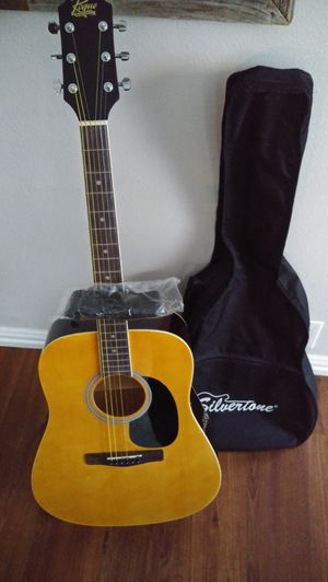 Acoustic Guitar Rogue Brand New !!!! for Sale in Dallas, TX