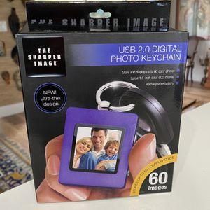 Sharper Image USB 2.0 Digital Photo Keychain for Sale in Fort Lauderdale, FL