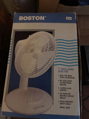 Tabke top oscillating fan works for Sale in Norwalk, OH