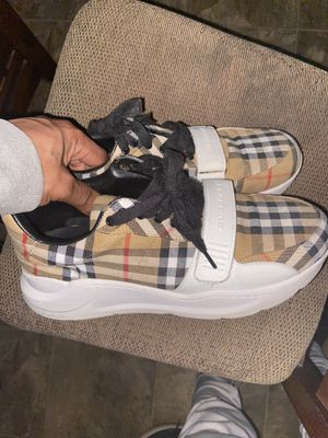 Burberry shoes for Sale in Chicago, IL