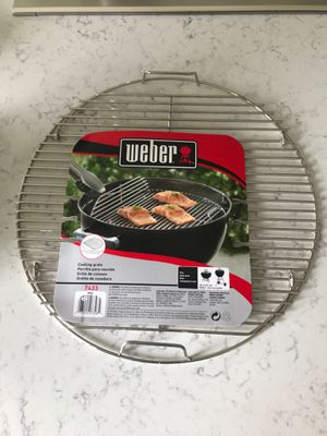"""Weber hinged grate for 18"""" bbq grill for Sale in Issaquah, WA"""
