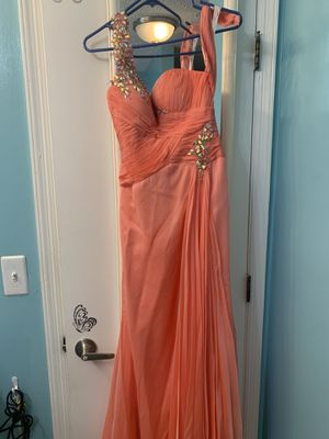 Prom dress, worn only for a few hours!! for Sale in Atlanta, GA