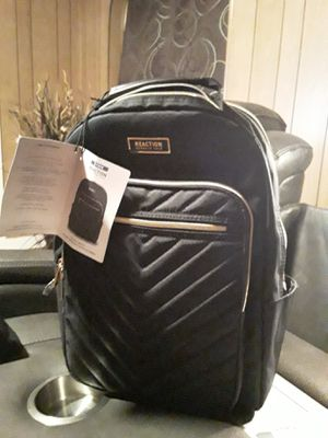 Kenneth Cole Back Pack for Sale in Joplin, MO
