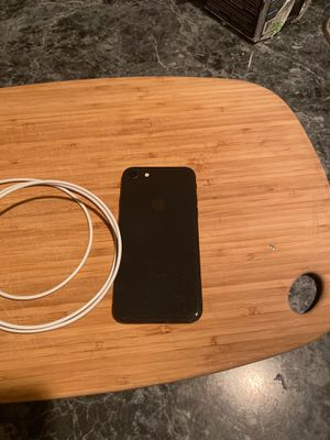 IPhone 8 Black 64gb for Sale in Braintree, MA