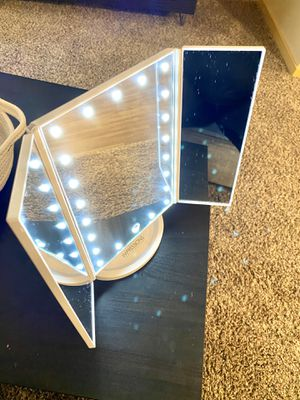 LED Impressions Vanity makeup mirror for Sale in Redmond, WA
