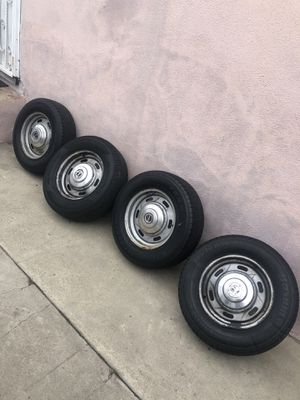 Ford Rims 14 inch 5x114.3 or 5 x 4.5 for Sale in Inglewood, CA