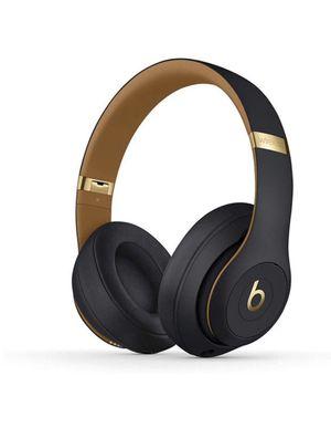Beats Studio3 Wireless Over-Ear Headphones – The Beats Skyline Collection for Sale in Newark, NJ
