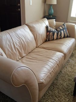 Leather Sofa Couch for Sale in Hillsboro,  OR