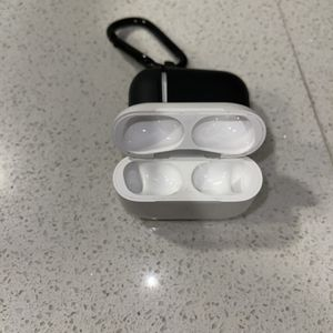 AirPod Pro Case for Sale in Austin, TX