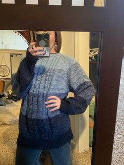 XL Cozy Sweater for Sale in Oregon City,  OR
