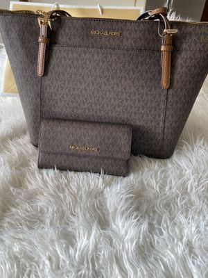 Michael Kors tote and wallet for Sale in Richmond, CA