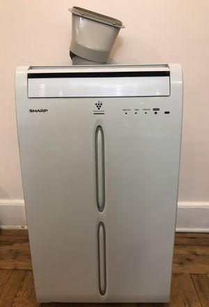 Like new, fully functional AC and dehumidifier 2-in-1 for Sale in New York, NY