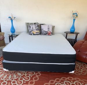 NEW QUEEN MATTRESS AND BOX SPRIBG NEW /BED FRAMES ARE NOT INCLUDED for Sale in Miami, FL