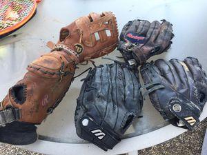 Baseball gloves for Sale in Lake Elsinore, CA