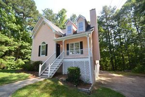 House for Sale in Douglasville, GA