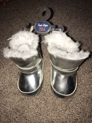 Baby girl boots for Sale in Helotes, TX