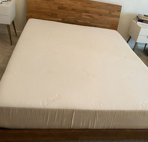 Sealy Posturpedic Mattress + Bed Frame for Sale in Los Angeles, CA