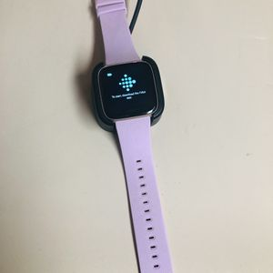 Fitbit Versa Smartwatch for Sale in Oklahoma City, OK