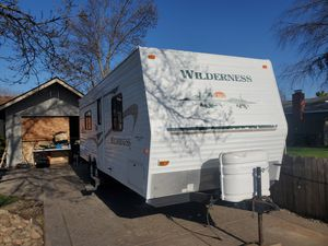 Travel trailer Wilderness 26ft for Sale in Waterford, CA