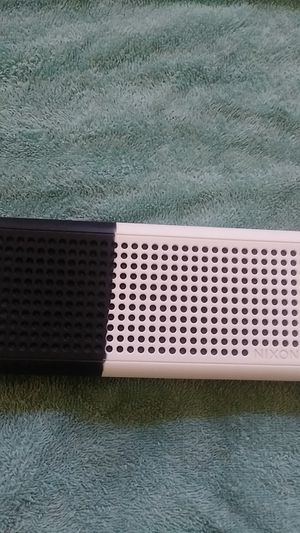Nixon two tone Bluetooth speaker for Sale in La Mesa, CA