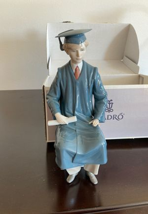 Boy Graduate Lladro figurine for Sale in Irvine, CA