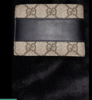 Gucci wallet for Sale in Palos Park, IL