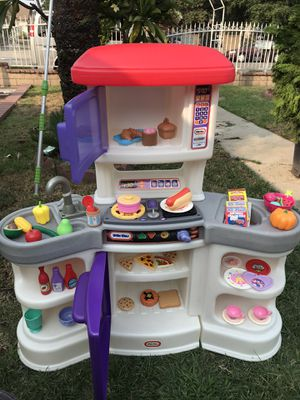 Vintage little tikes Kitchen for Sale in El Monte, CA