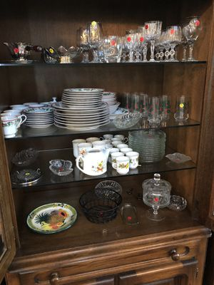 Beautiful wood China cabinet for Sale in Ruckersville, VA