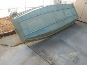 Aluminum boat. for Sale in West Covina, CA