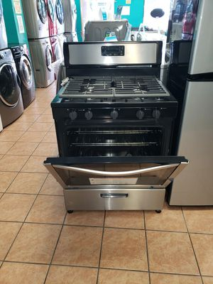 Stove Whirlpool for Sale in Bell, CA