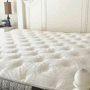 CHECK THIS OUT!!! QUEEN MATTRESS Text Me Today (See Details) for Sale in San Bernardino, CA