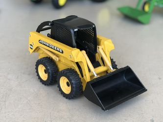 ERTL 1/16 Scale John Deere Bobcat for Sale in Sarasota,  FL