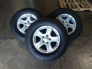 """JEEP wheels 2 set of 5 wheels and tires for Jeep 17"""" and Michelin tires for Sale in Montclair, CA"""