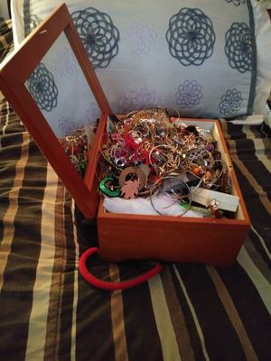 Jewelry Lot for Sale in Baltimore, MD