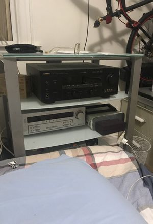 Glas tv stan 4 cels for Sale in Queens, NY